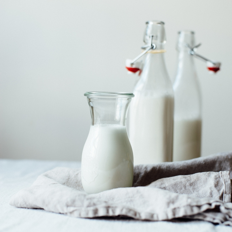 homemade almond-macadamia milk