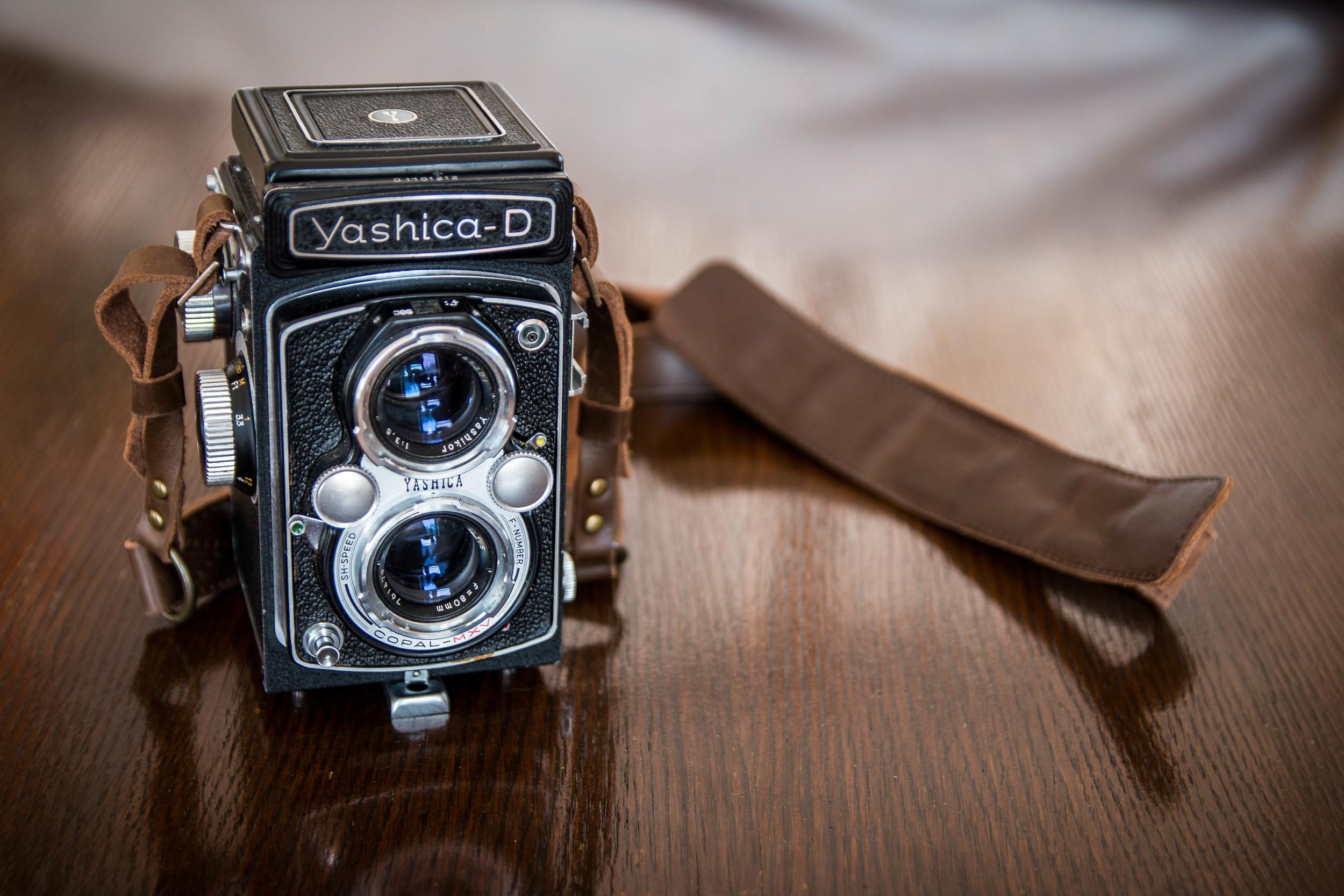 yashica-1.jpg