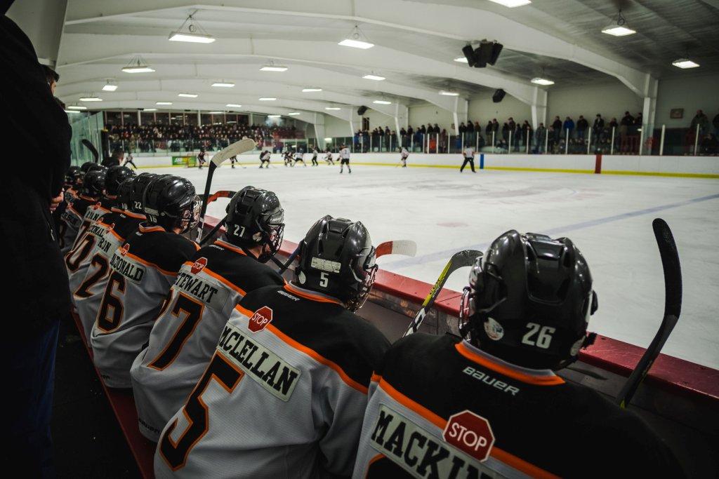 CB_West_Islanders_Hockey