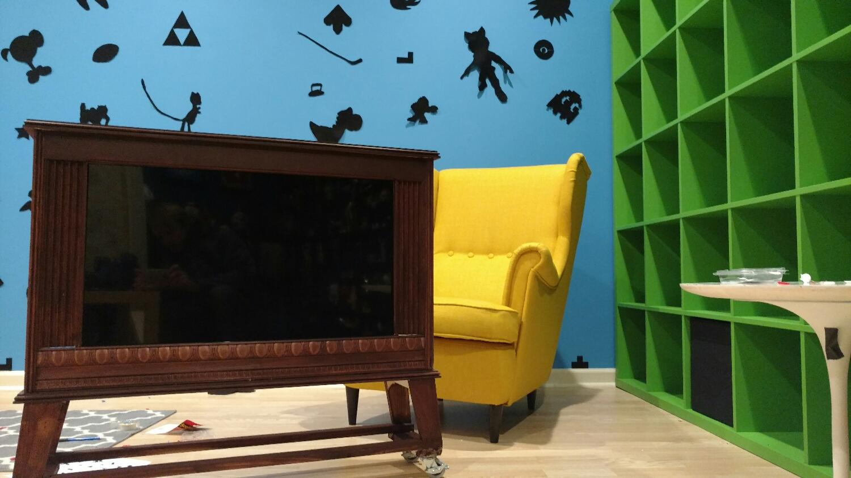 Console TV Build