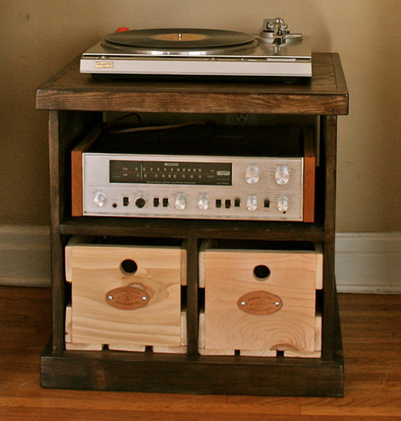 Sanctus Sound- Record Player Stand.jpg