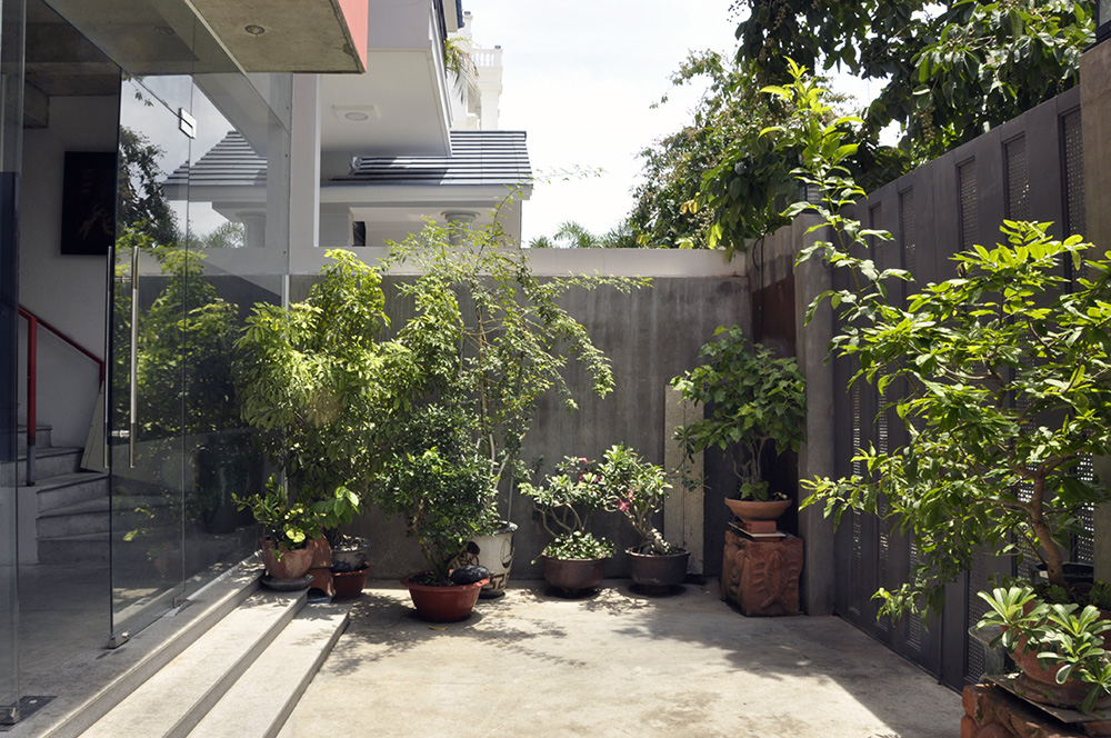 P+P - Gallery House (8).JPG