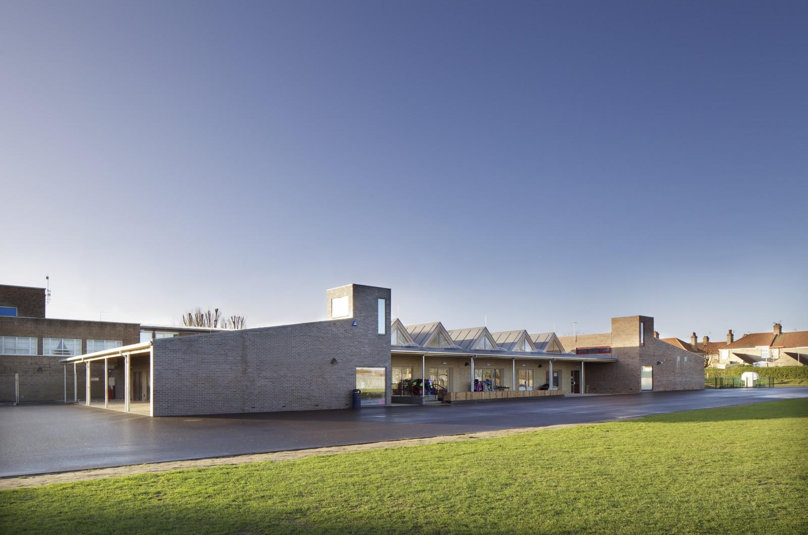 Poplars Primary School.jpg