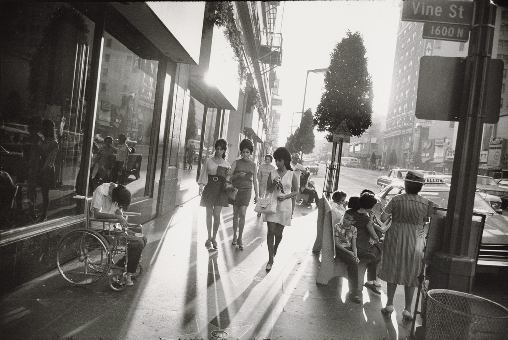 Garry Winogrand, Hollywood and Vine, Los Angeles, 1969