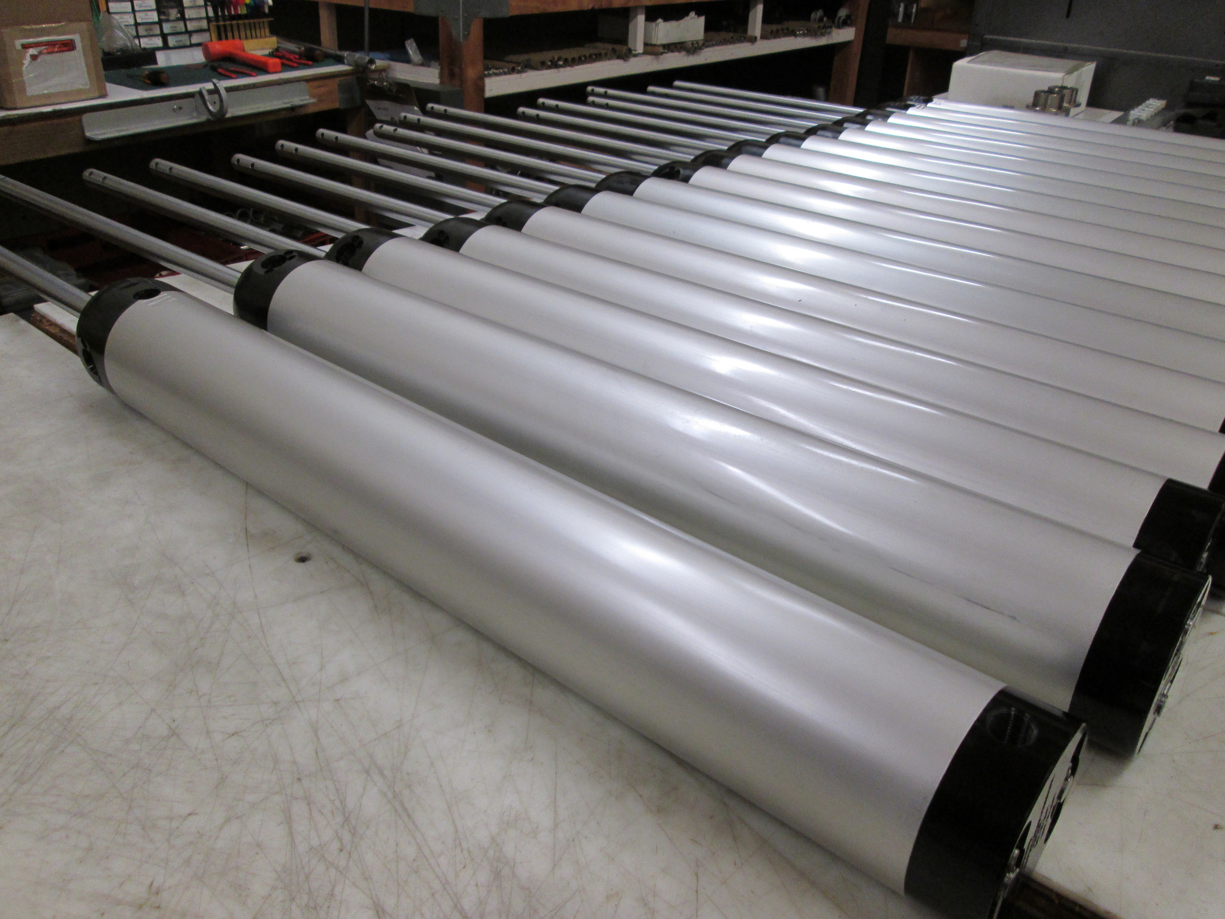 ALL ALUMINUM CONSTRUCTION WITH STAINLESS CHROME ROD