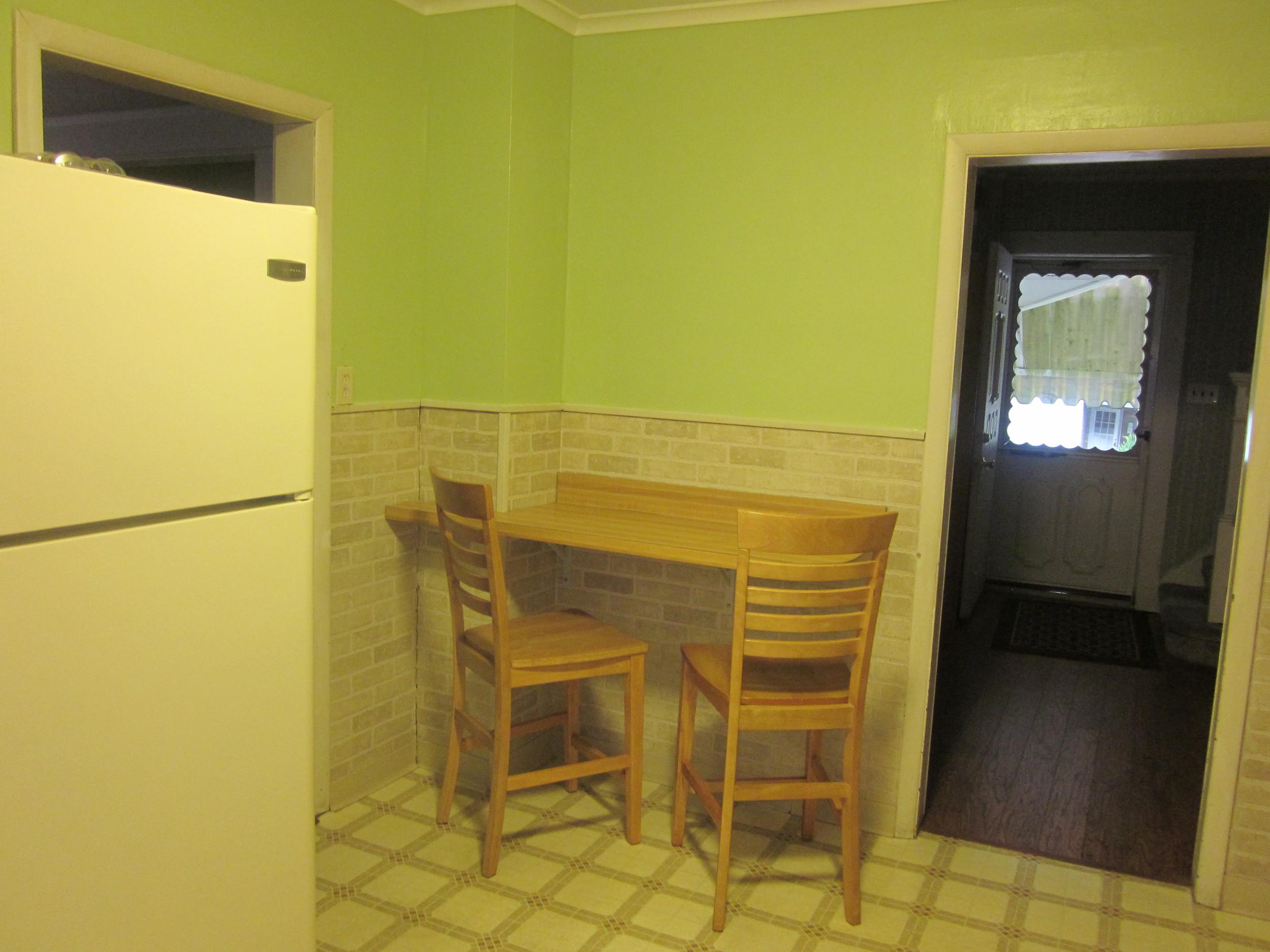 apartments 2012 193.JPG