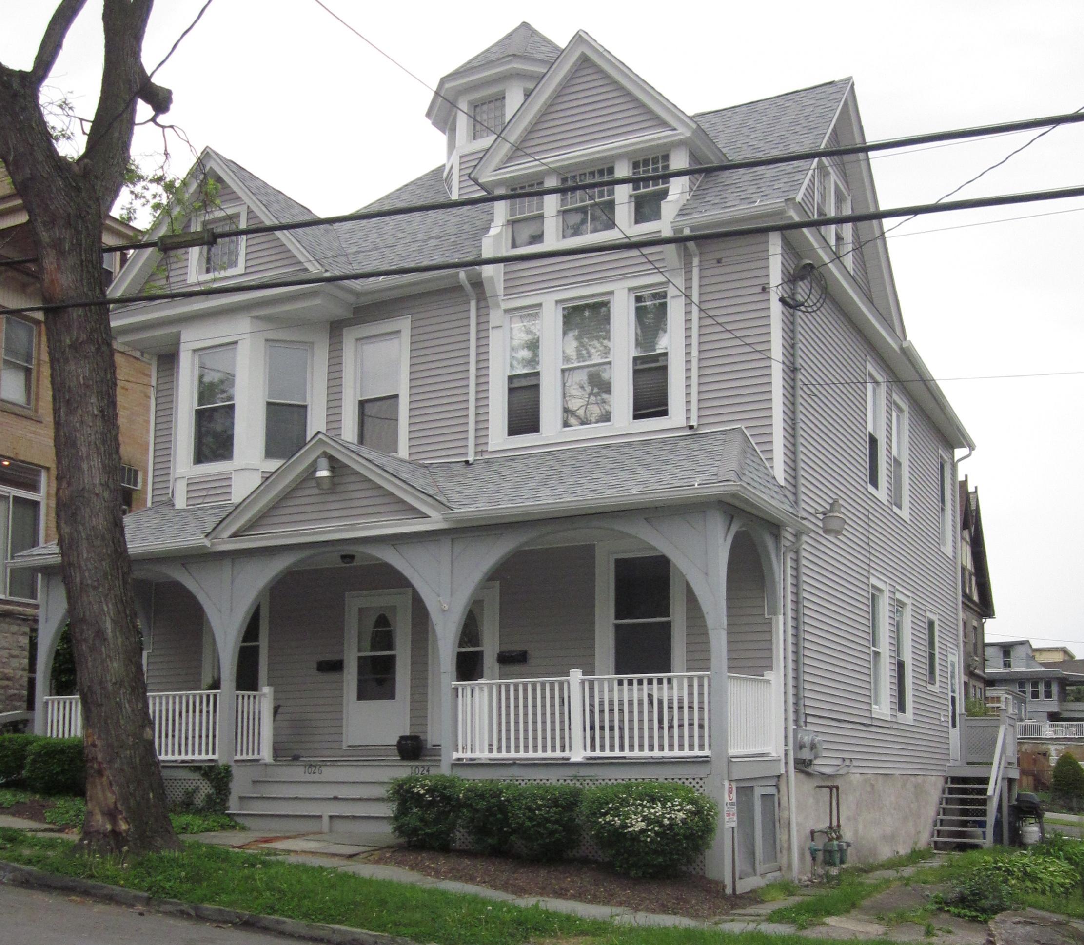 apartments 2012 036.JPG