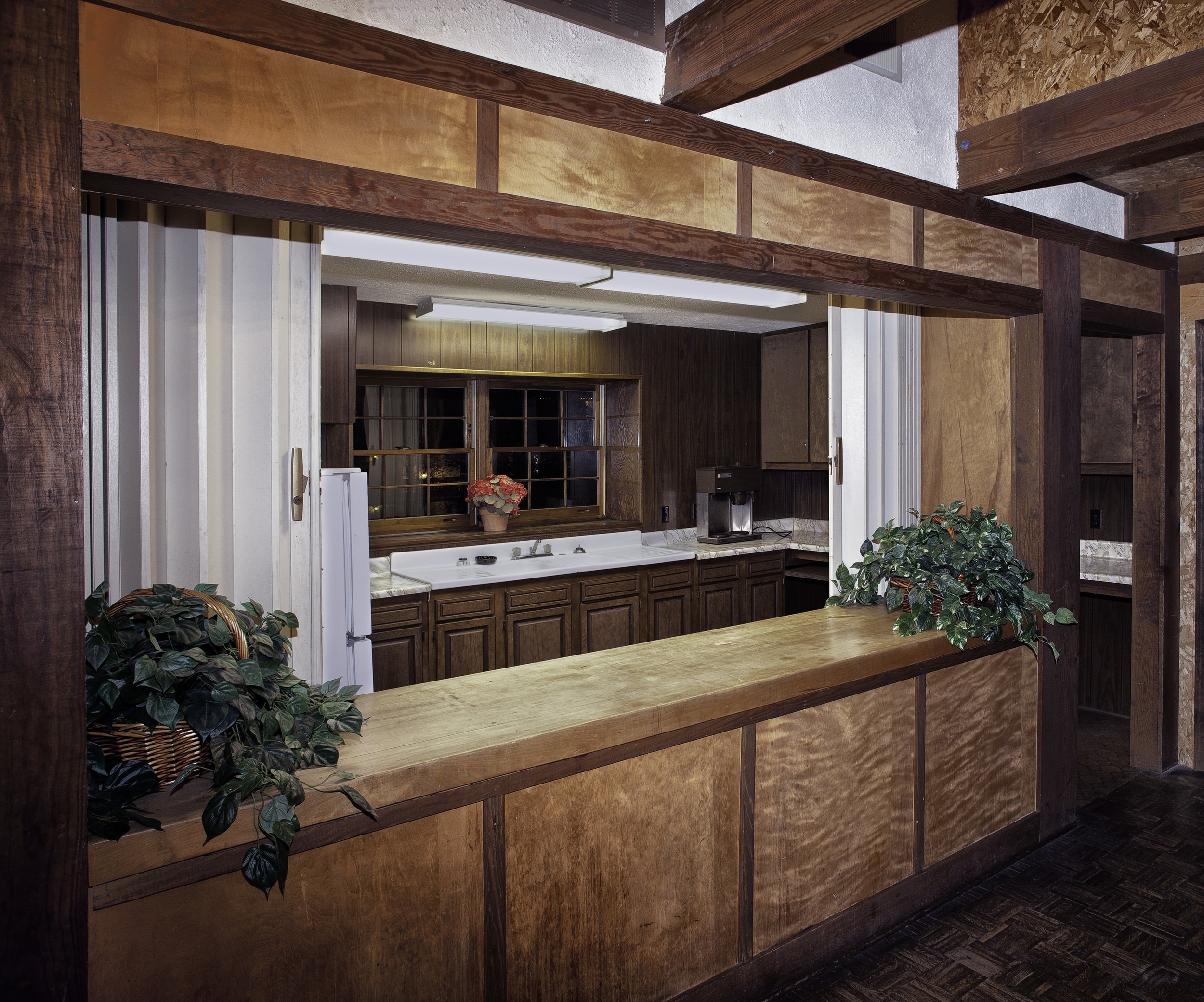 Upstairs_Kitchen.jpg