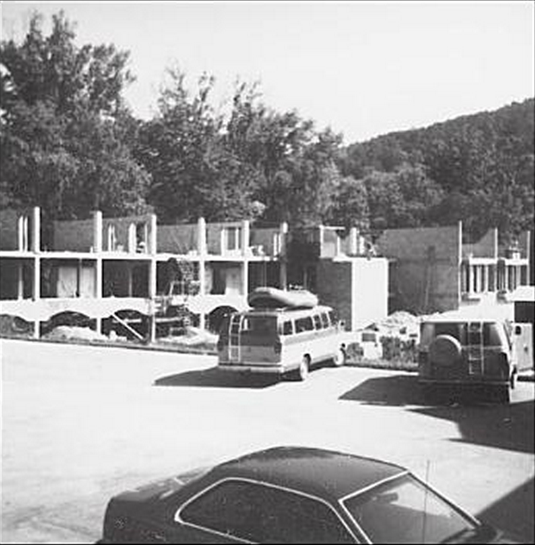 New River Building 1984.png