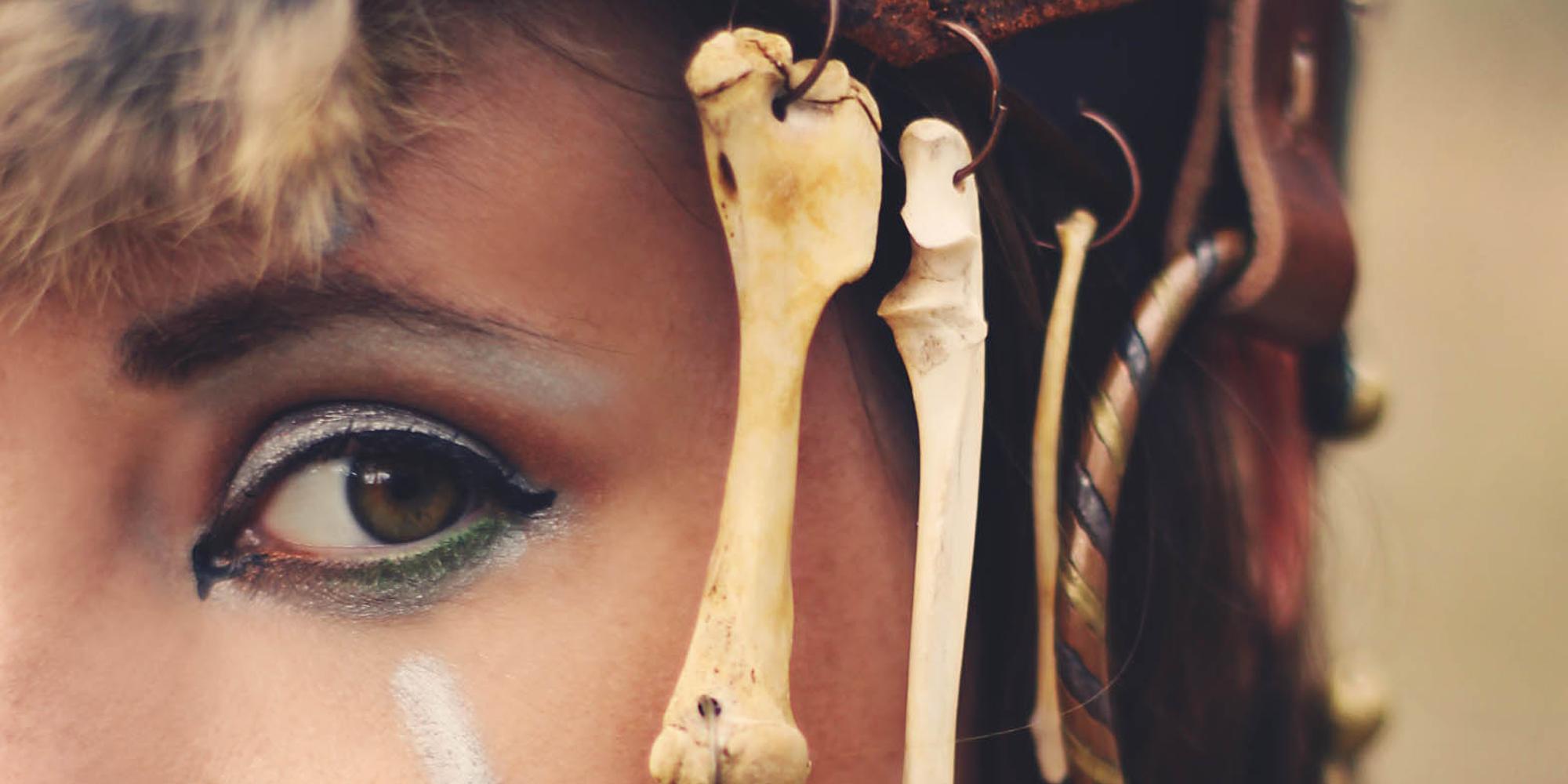 Gypsies Caravan Bone Headress...