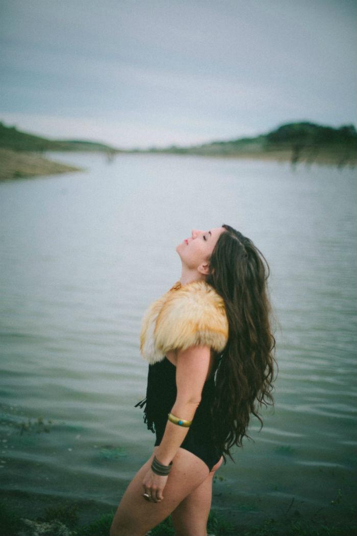bohemian_lake_girl.jpg