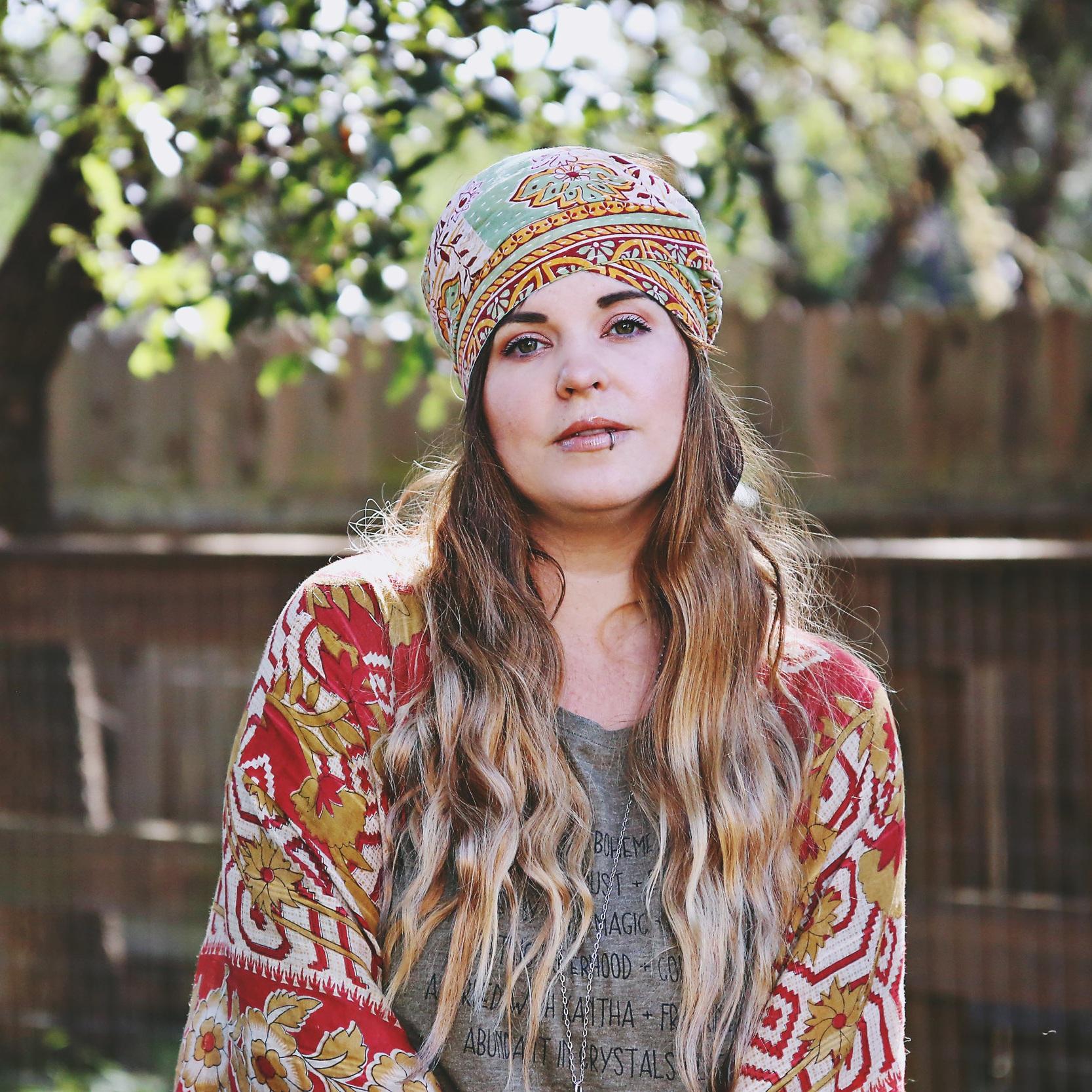 Laura Mazurek  // Founder + Gatherer of Creatives