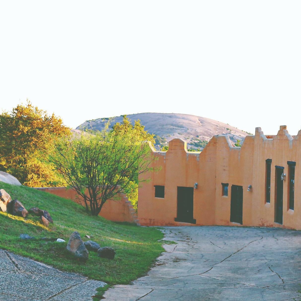 Trois Estate via bohocollective.com