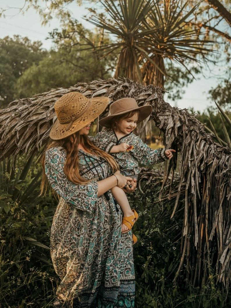 My+Journey+Into+Motherhood+Outakes+bohocollective.jpg