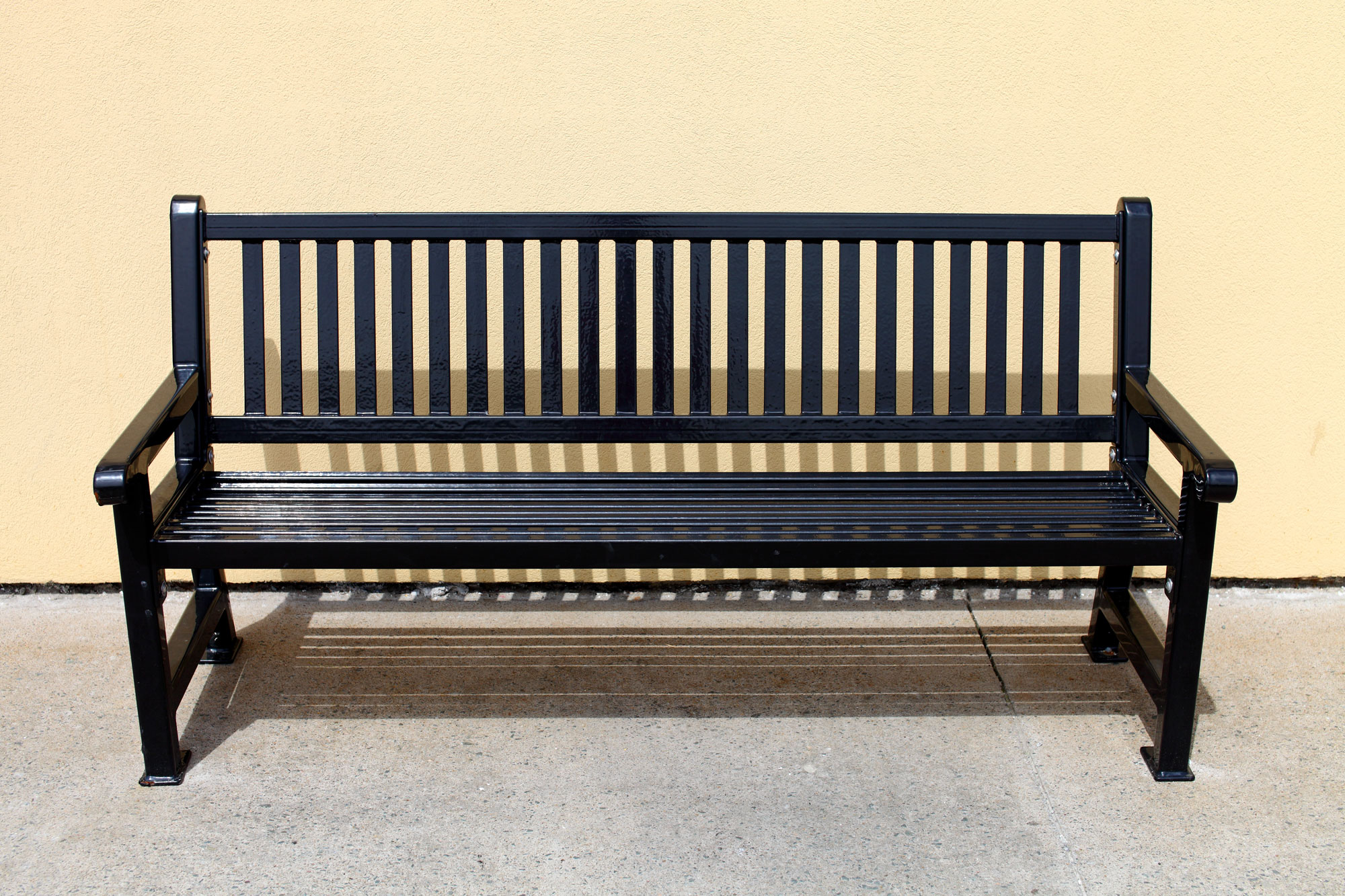 Black-Metal-Bench-2000x1333.jpg