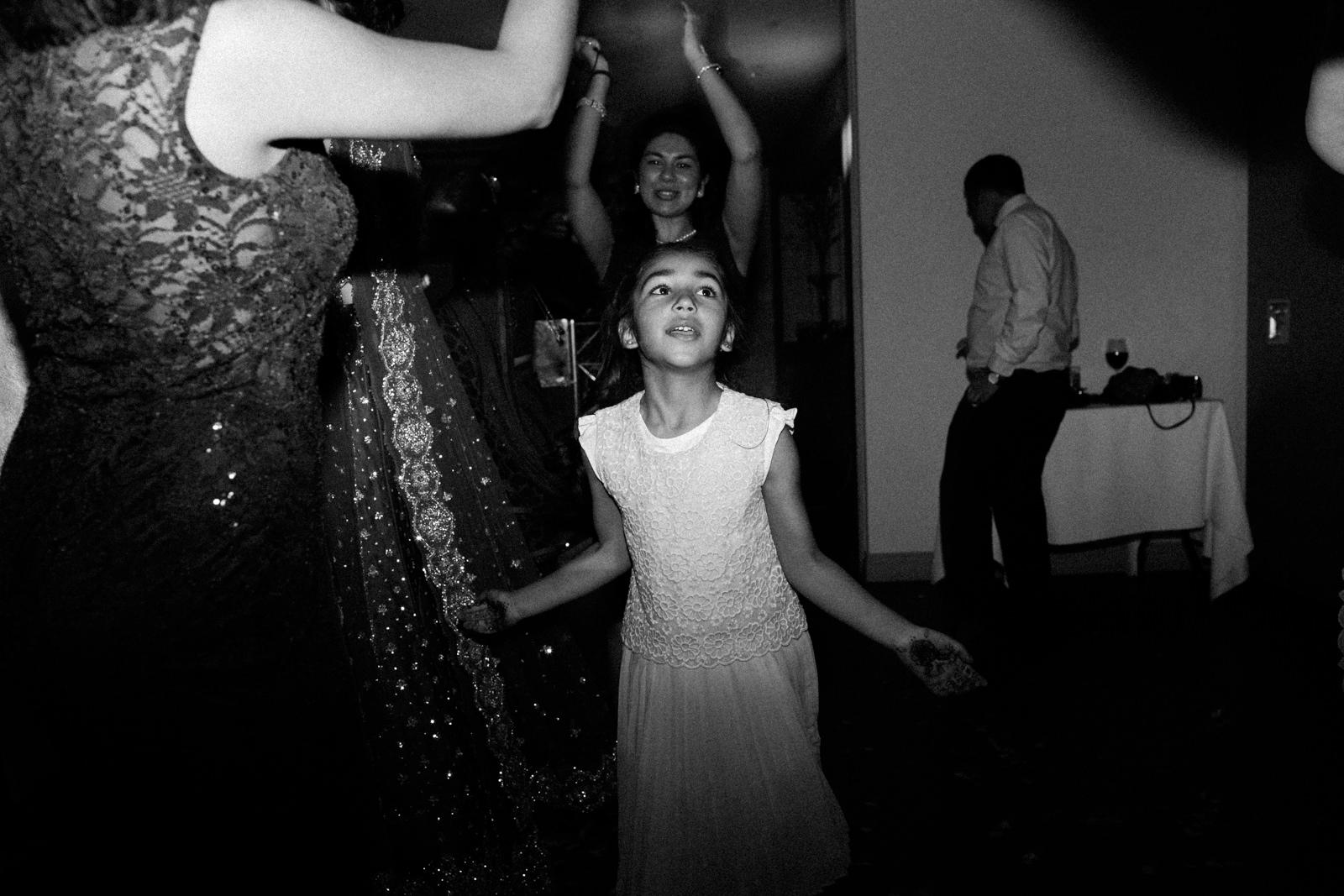 Olivia + Vinny Hogarths Wedding-317585.jpg