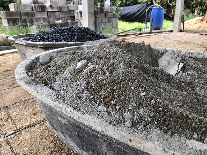 making the concrete...