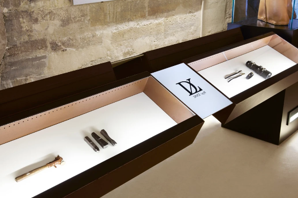 LDV SHOW AT Le Château de Vincennes TOOLS AND JEWELRY DESIGNED BY A. JASON ROSS