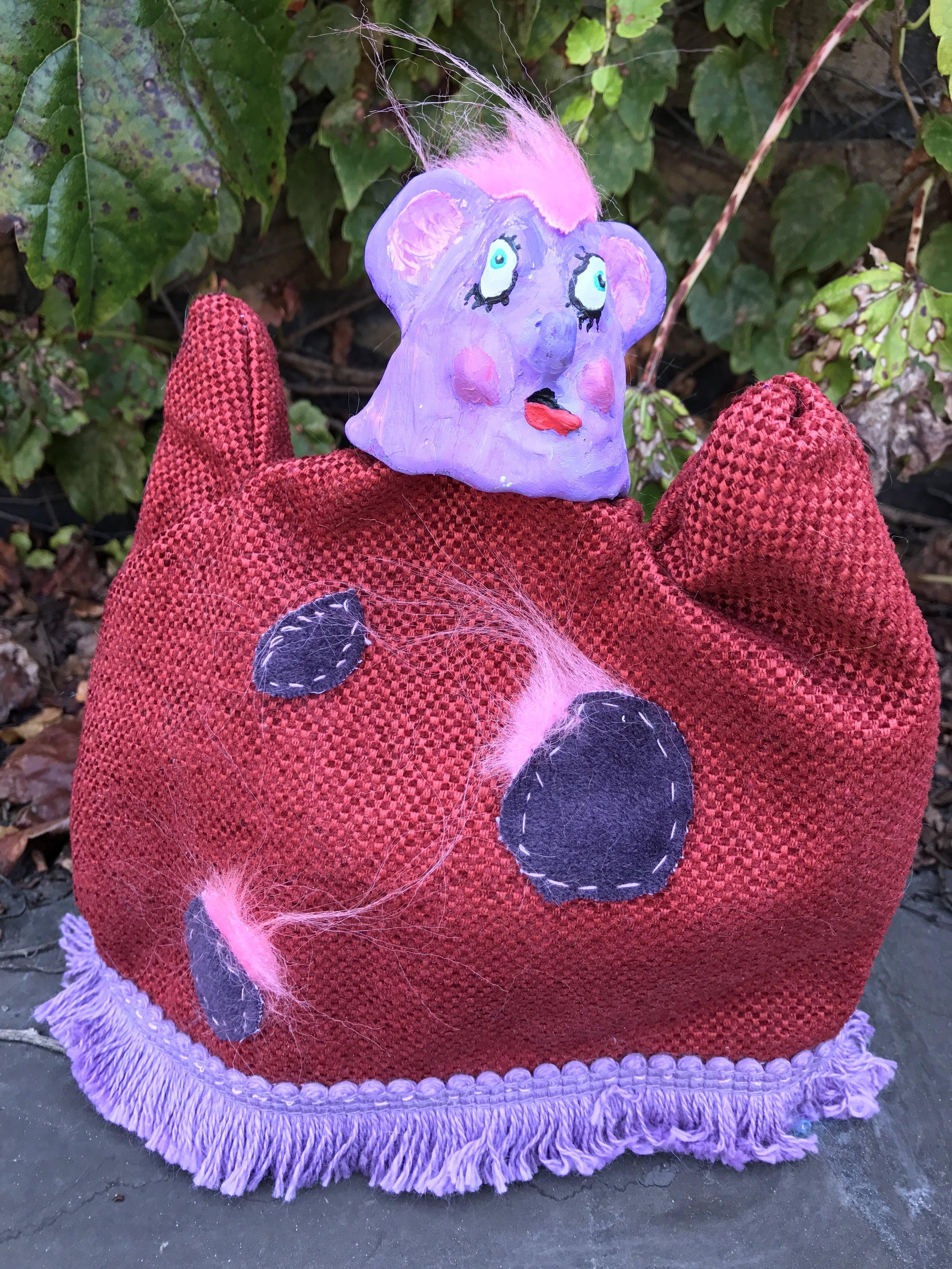 Henriette, hand puppet