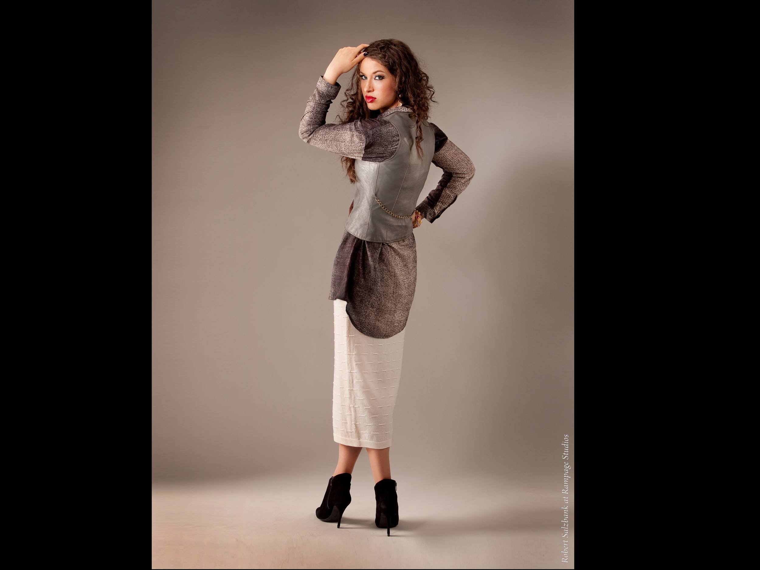Hadar Magazine Fashion