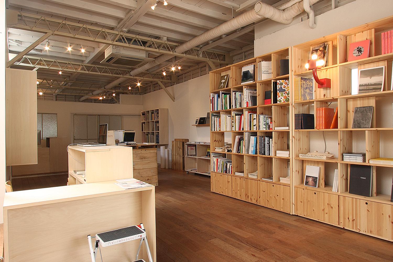 POST Bookshop Ebisu  Book Select, Display, Retail