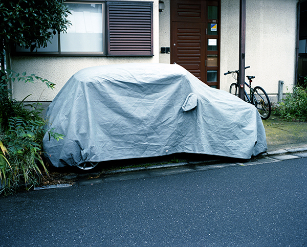 COVERED AUTOMOBILE #5 ©Takashi Homma All Rights Reserved