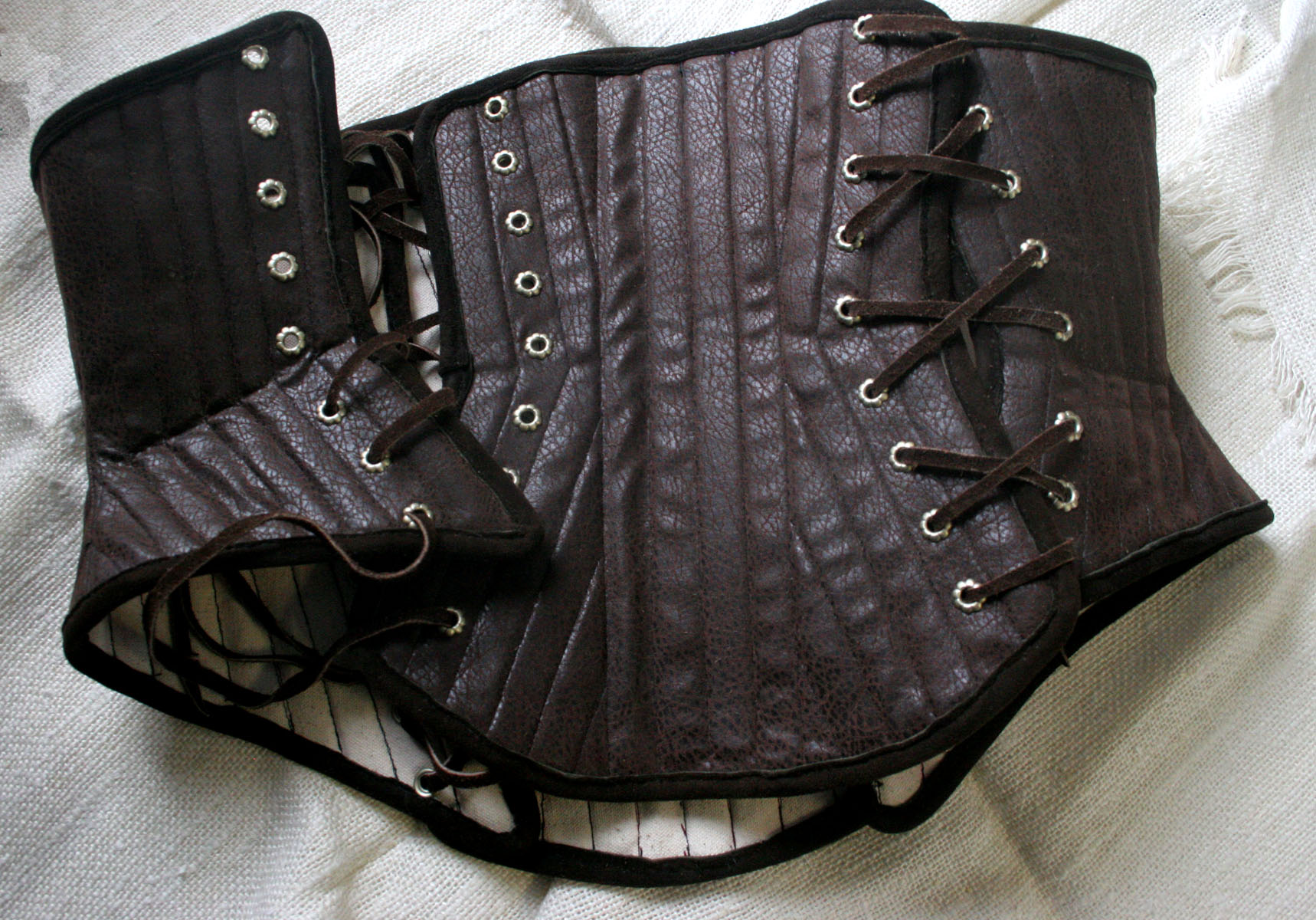 corset front view 1.jpg