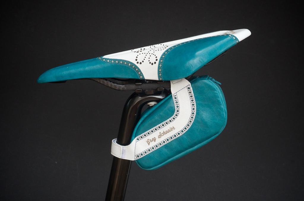 Leh-Seats-Custom-leather-bike-saddles-seats-hand-made-by-carson-leh-Austin-Texas-wingtip-brogue-leather-goods-fizik-Arione-vs-vsx-carbon-blue-white-wingtip-brogue-saddlebag-bar wrap 6.jpg