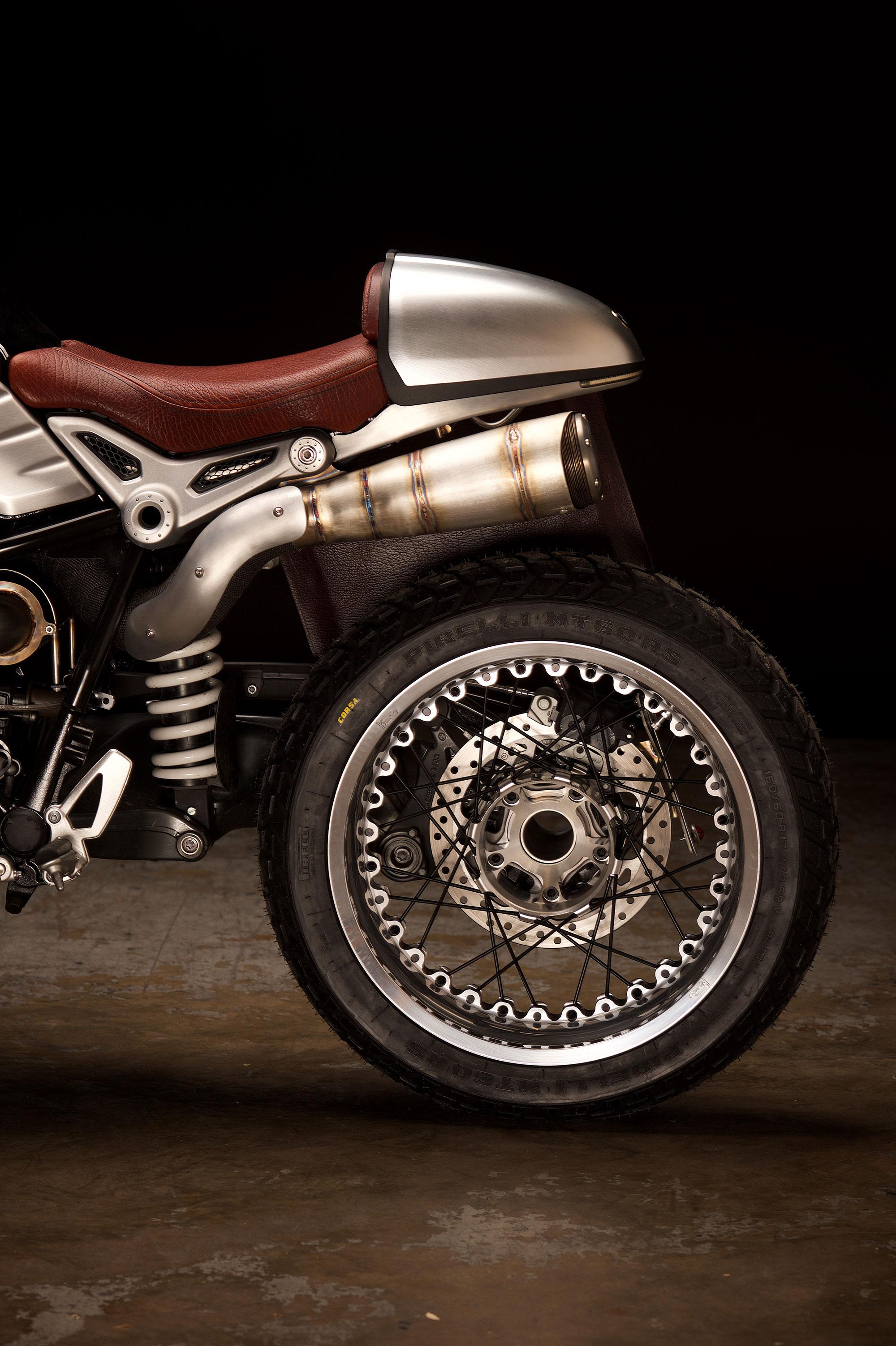 Revival-Cycles-Custom-Build-2014-BMW-RNineT-v2-058-2000w.jpg