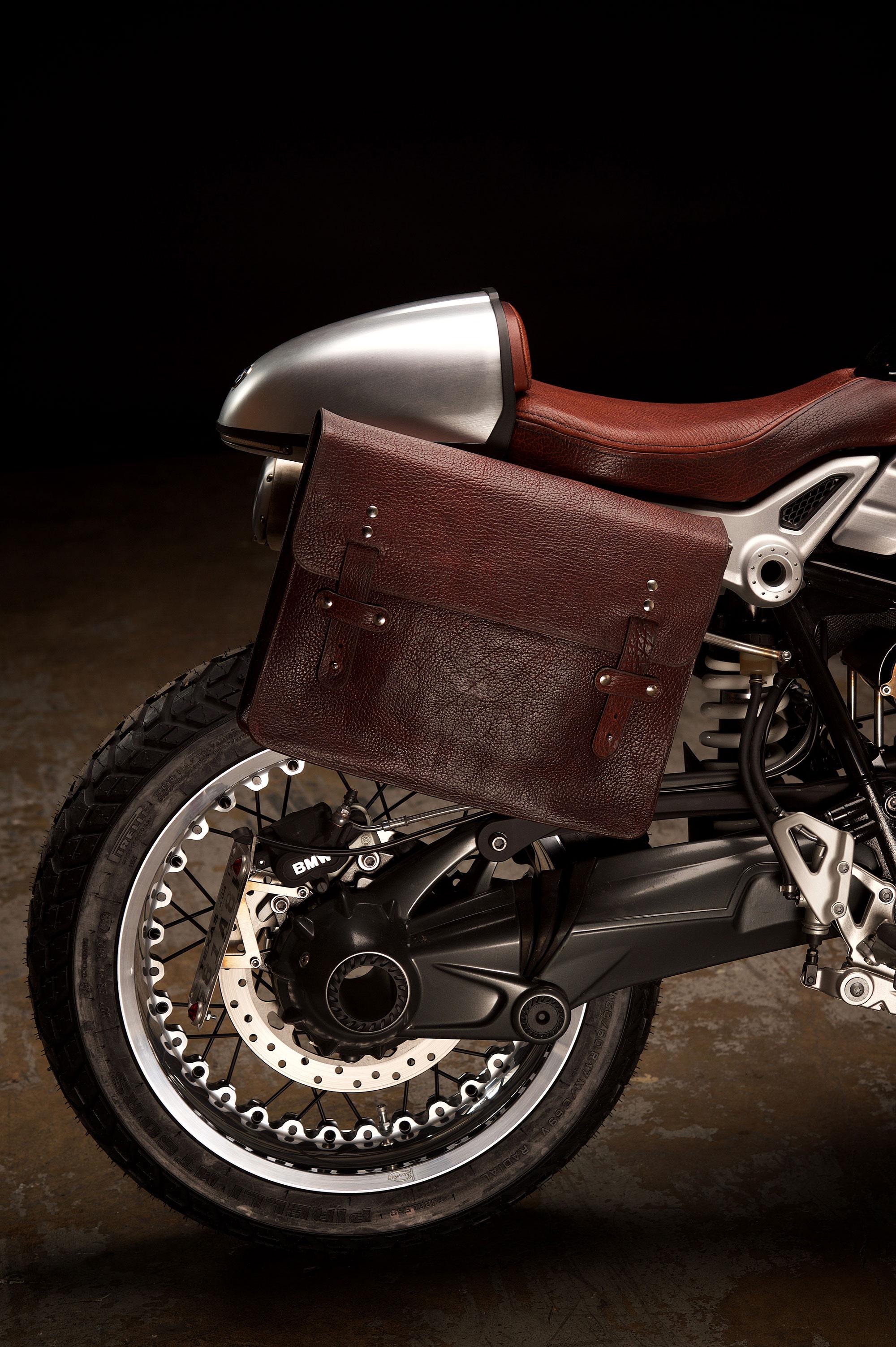 Revival-Cycles-Custom-Build-2014-BMW-RNineT-v2-067-2000w.jpg