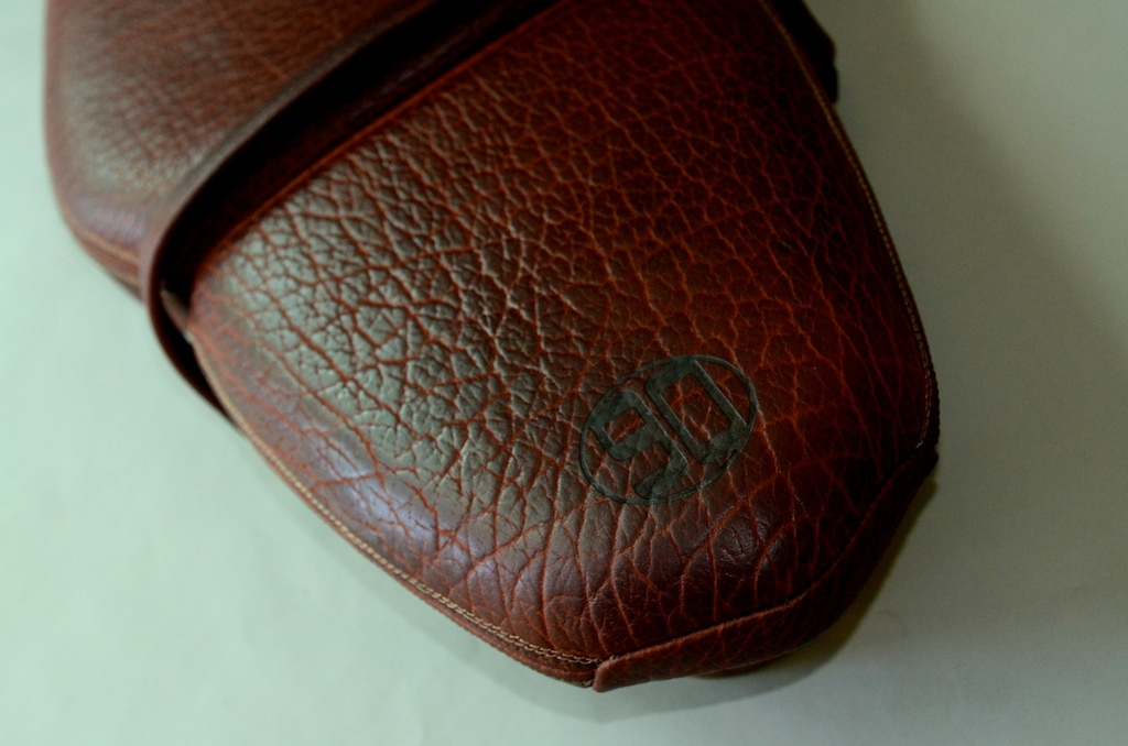 Revival-BMW-NineRT nine R T custom bull hide saddlebag custom leather seat honey leather grips bag hand made austin texas leh seats- carson leh 4.jpg