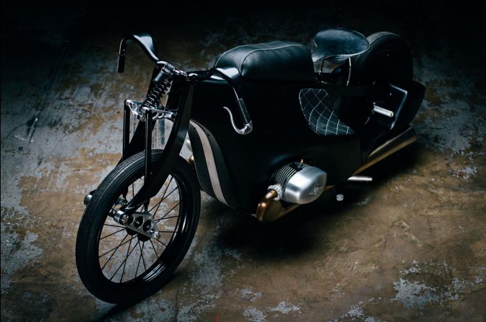 Revival_Cycles_Landspeeder_Leh_Cycle_Custom_Leather_Work_custom_motorcycle_Seat3.jpg