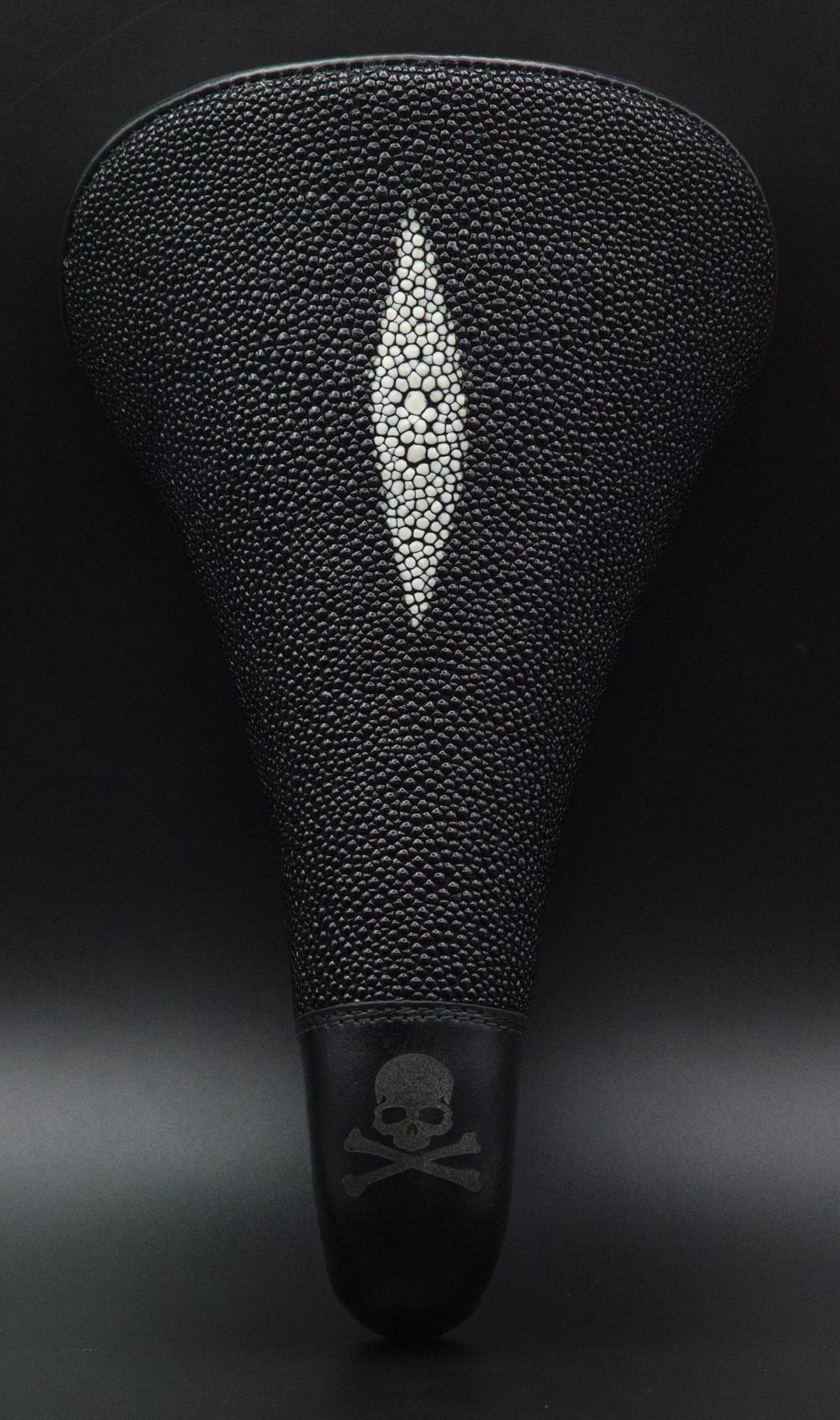 Leh cycling goods leather stingray saddle custom black skull and cross bones -5.jpg