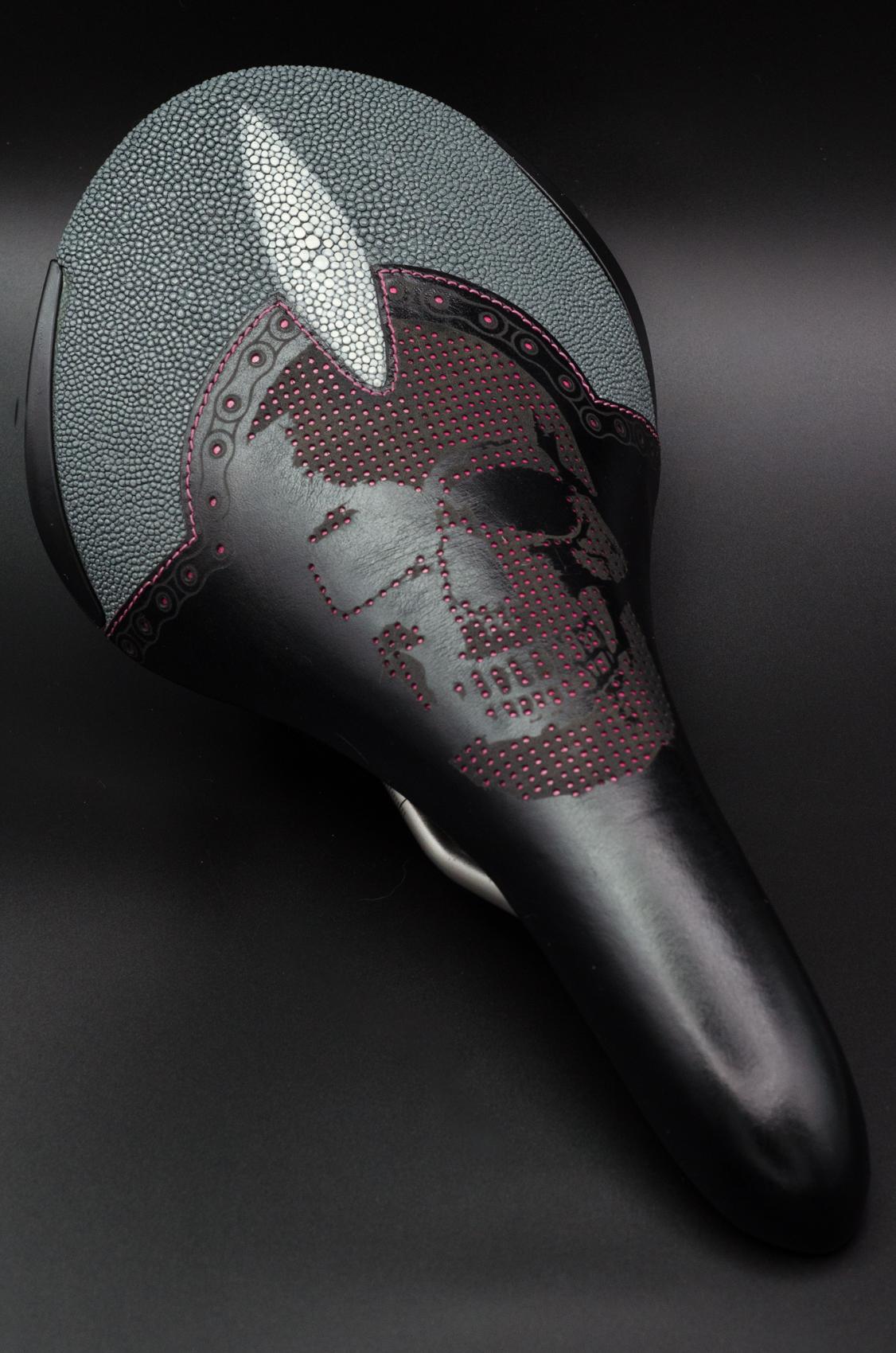 Singray grey skull Aliante etching-2.jpg