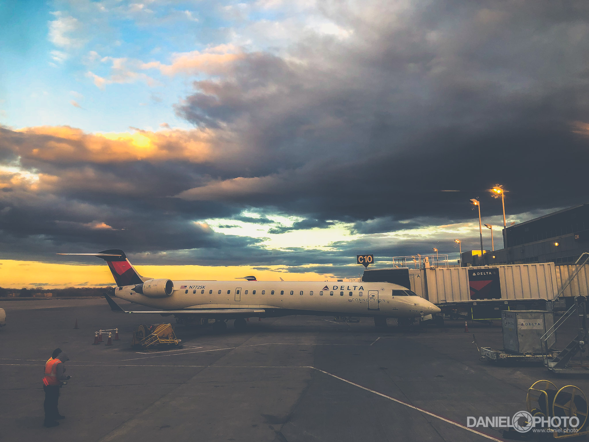 daniel-hedrick-delta-airlines-2033.jpg