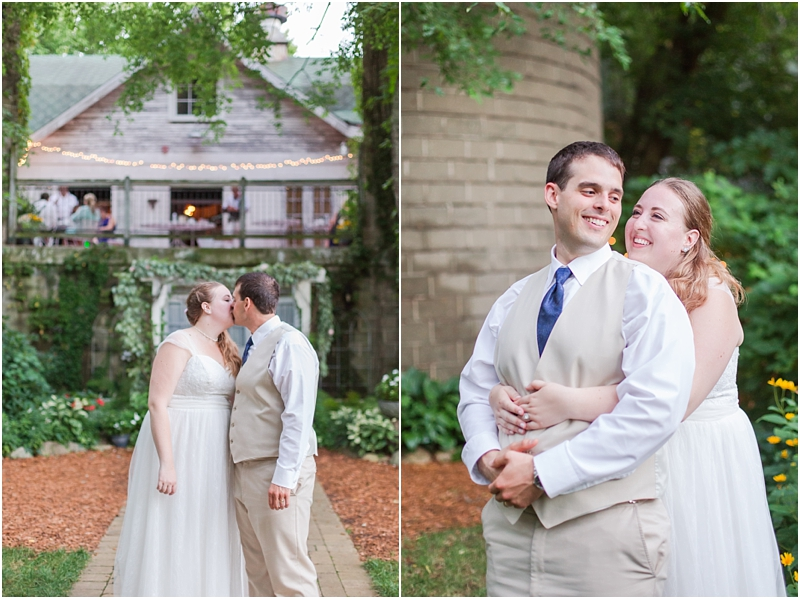 sophisticated-vintage-inspired-wedding-photos-at-the-blue-dress-barn-in-benton-harbor-mi-by-courtney-carolyn-photography_0105.jpg