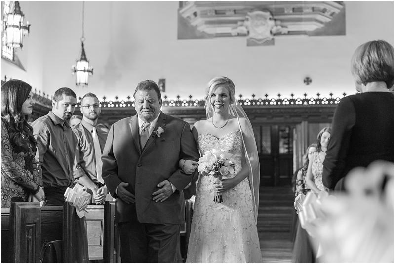 timeless-grosse-pointe-academy-wedding-photos-in-grosse-pointe-mi-by-courtney-carolyn-photography_0023.jpg