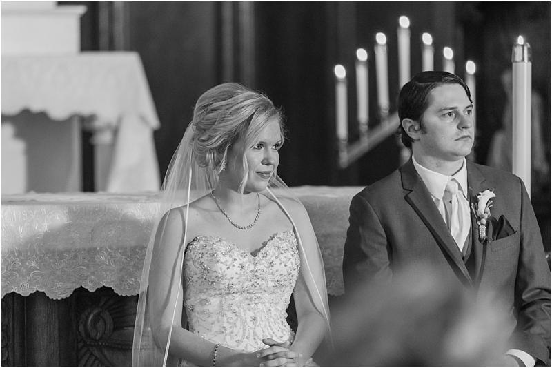 timeless-grosse-pointe-academy-wedding-photos-in-grosse-pointe-mi-by-courtney-carolyn-photography_0026.jpg