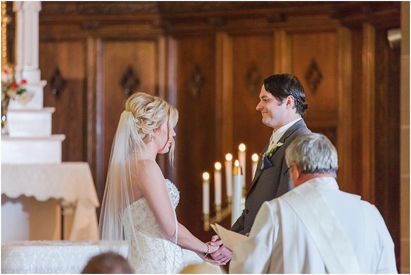 timeless-grosse-pointe-academy-wedding-photos-in-grosse-pointe-mi-by-courtney-carolyn-photography_0027.jpg