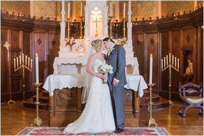timeless-grosse-pointe-academy-wedding-photos-in-grosse-pointe-mi-by-courtney-carolyn-photography_0028.jpg