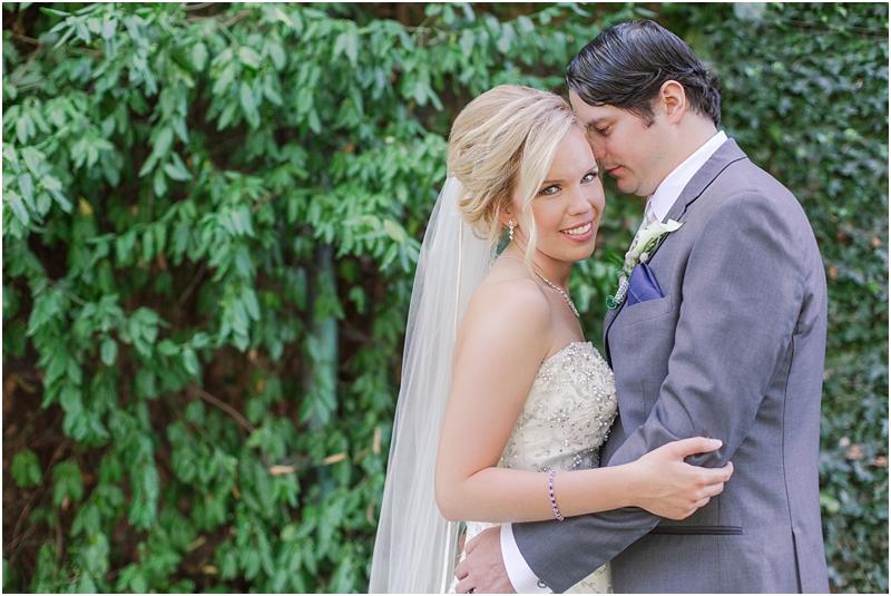 timeless-grosse-pointe-academy-wedding-photos-in-grosse-pointe-mi-by-courtney-carolyn-photography_0042.jpg
