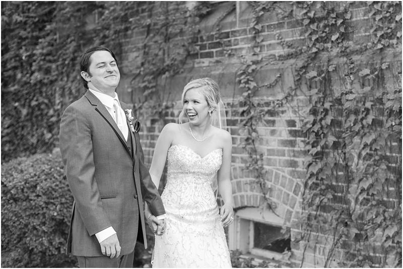 timeless-grosse-pointe-academy-wedding-photos-in-grosse-pointe-mi-by-courtney-carolyn-photography_0043.jpg