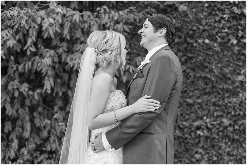 timeless-grosse-pointe-academy-wedding-photos-in-grosse-pointe-mi-by-courtney-carolyn-photography_0054.jpg