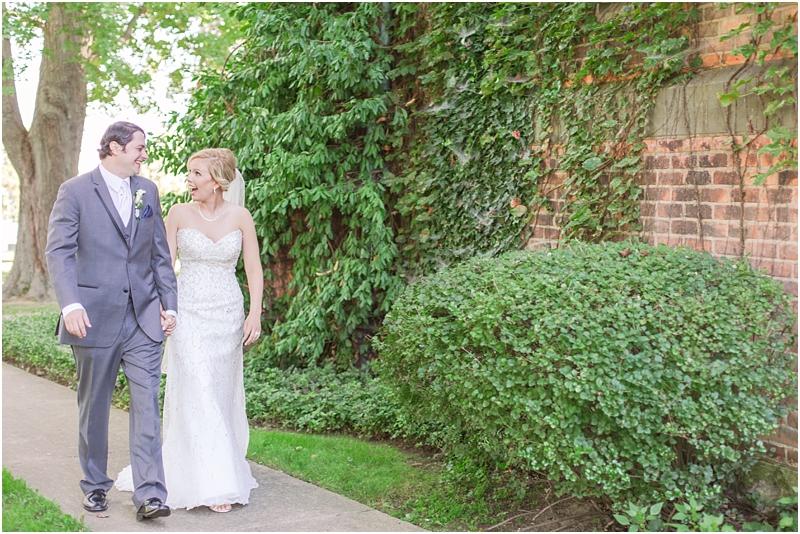 timeless-grosse-pointe-academy-wedding-photos-in-grosse-pointe-mi-by-courtney-carolyn-photography_0063.jpg