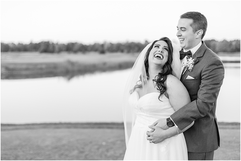 fall-port-huron-mi-wedding-photos-at-solitude-links-golf-course-by-courtney-carolyn-photography_0087.jpg
