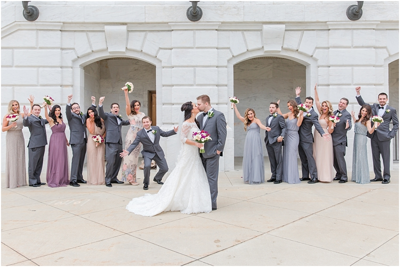 elegant-classic-wedding-photos-in-detroit-mi-at-the-colony-club-detroit-institute-of-arts-the-most-blessed-sacrament-by-courtney-carolyn-photography_0043.jpg