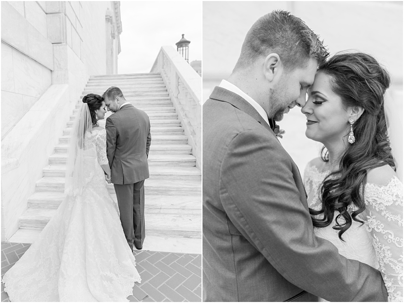 elegant-classic-wedding-photos-in-detroit-mi-at-the-colony-club-detroit-institute-of-arts-the-most-blessed-sacrament-by-courtney-carolyn-photography_0045.jpg