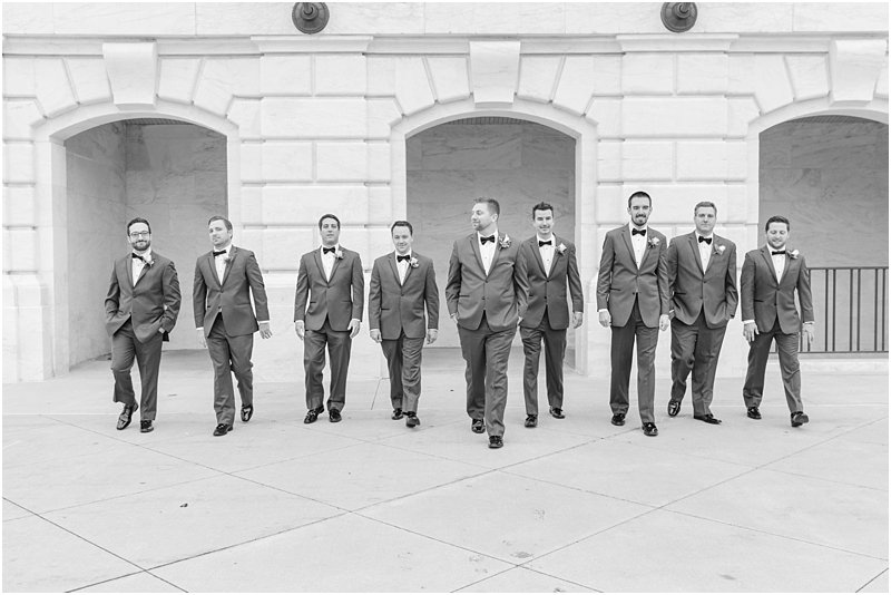 elegant-classic-wedding-photos-in-detroit-mi-at-the-colony-club-detroit-institute-of-arts-the-most-blessed-sacrament-by-courtney-carolyn-photography_0062.jpg