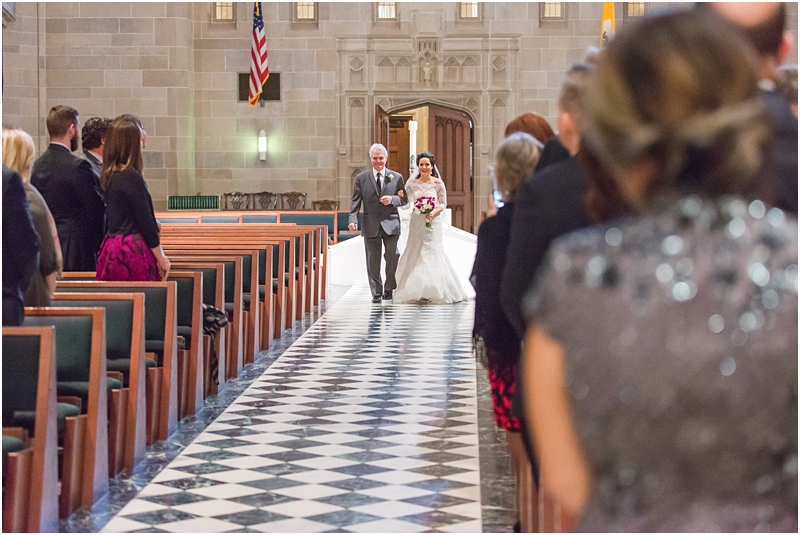 elegant-classic-wedding-photos-in-detroit-mi-at-the-colony-club-detroit-institute-of-arts-the-most-blessed-sacrament-by-courtney-carolyn-photography_0088.jpg