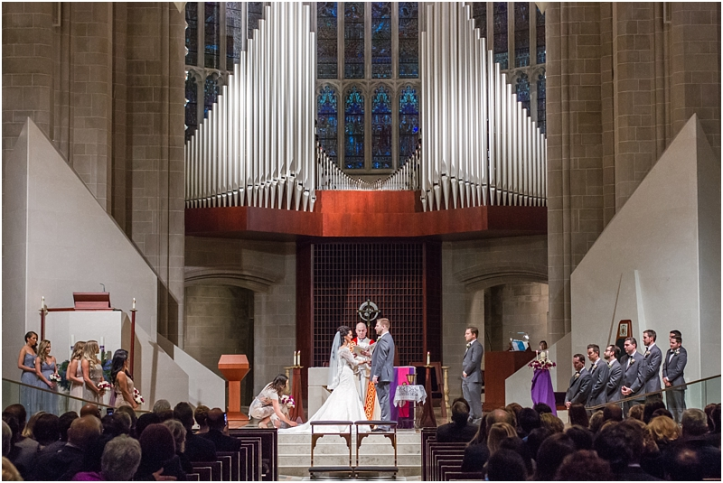 elegant-classic-wedding-photos-in-detroit-mi-at-the-colony-club-detroit-institute-of-arts-the-most-blessed-sacrament-by-courtney-carolyn-photography_0106.jpg